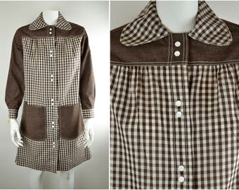 60s gingham Swirl Model's Coat L-XL B40 | Deadstock Mod dress | dog ear collar and contrast cuffs | tent trapeze NOS duster housecoat
