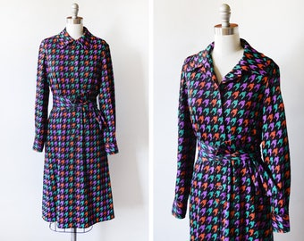 1960s mod dress, vintage 60s houndstooth dress, 70s mod scooter dress, long sleeve button up dress, medium m