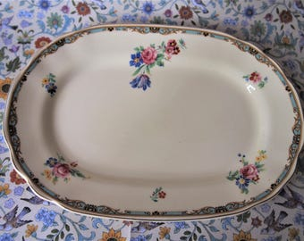 "Vintage Wedgwood Oval Serving Platter /Sandwich Platter in the Gainsborough Pattern 1956  12.2"""