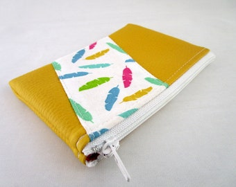 Wallet in faux leather fabric and yellow multicolor feather