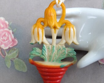 Vintage Shade Pull Tulips Plastic Kitsch