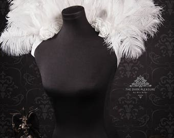 White Romance Stand-Up Feather Collar