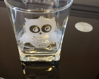 Water glass of 25 cl free customization - engraving Mrs OWL + grandmothers party