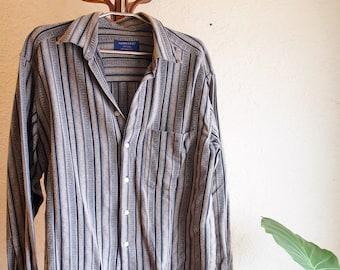 Striped Mens dress shirt L