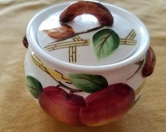 Nola Crab Apple pattern sugar bowl, vintage pattern 1960s.