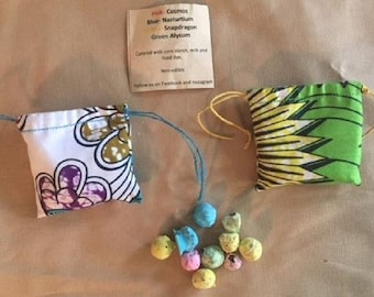 Colored Seed Balls/Colored Seed Bombs/Wildflower Seed Bombs in a Drawstring African Fabric Bag/Mother's Day Gift