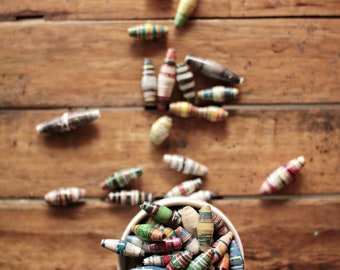 Paper Beads- 100 pcs - Ephemera Beads - Magazine Beads