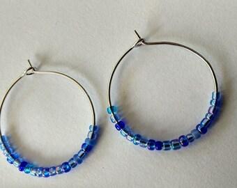 Hoop earrings blue seed beads