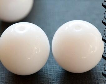 6 Czech Glass Beads 12 mm White