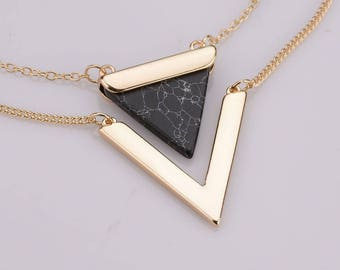 Double Triangle Marble Pendant Necklace - Black