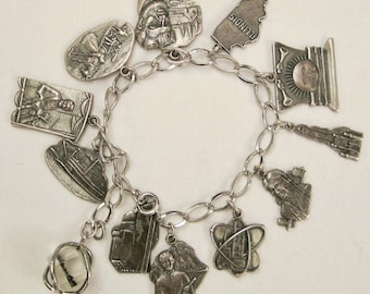 12 Charms BRACELET Sterling ILLINOIS State Signed .  Bell  app 8 in long x 1 .5 Awesome Rare Charms