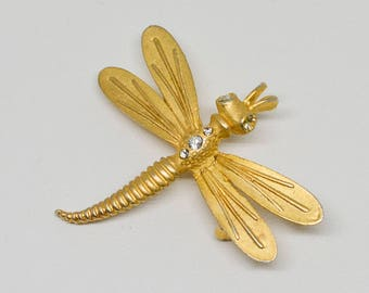 Lovely Gold Tone pin