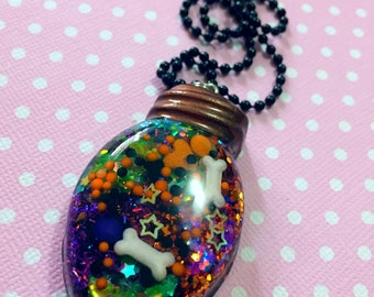Halloween Bulb Resin Pendant / Creepy Cute Halloween Jewelry / Pastel Goth Halloween Necklace / Gothic Halloween Alternative Horror Jewelry