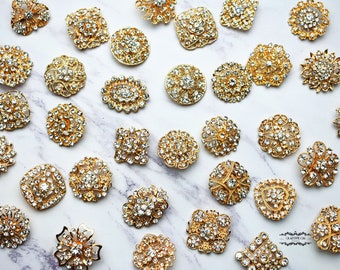 100 Gold Brooch Lot Rhinestone Pearl Pin Mixed Wholesale Crystal Wedding Bouquet Brooch Bridal Button Embellishment Shoe Cake Supply DIY Kit