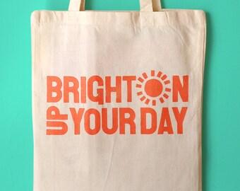 Brighton Tote Bag, sac en toile de Brighton, typographie sac sac au Design de Brighton, ensoleillé sac fourre-tout, sac de plage, sac shopping Brighton, Fun