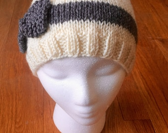 Bow Hat- Handknit