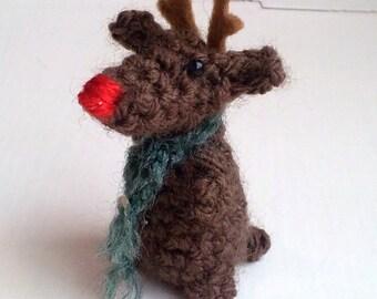 Miniature Reindeer - amigurumi reindeer - Christmas reindeer - crochet rudolph ornament - reindeer ornament - crochet reindeer decoration