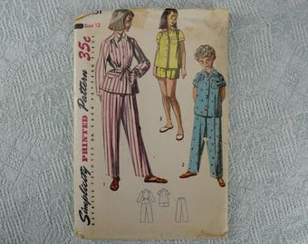 Simplicity Sewing Pattern 4131 girls pajamas from 1952