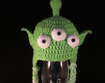 Crochet alien hat,  All sizes available. Made to Order Only!
