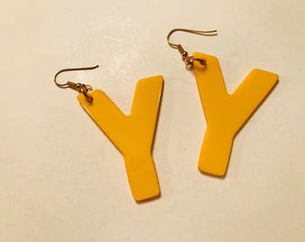 Vintage 1980s bright yellow giant Y earrings