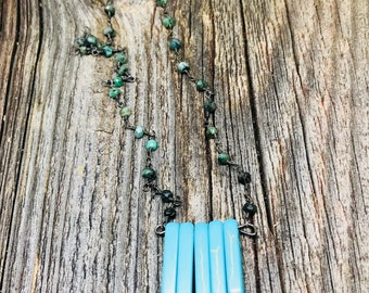 Mexican Turquoise Dogtooth Drop Necklace // Labradorite and Gunmetal Chain // Gemstone Necklace, Southwest
