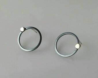 Black circles golden dots modern stud earrings