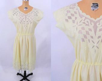 "1980s summer dress | pale yellow boho battenburg lace neckline dress | vintage 80s dress | W 28""+"