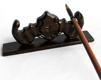 Free Shipping Chinese Calligraphy Material  15x3x5cm Natural Wood Chinese  Brush Rest / Bat Shape - Black Catalpa Wood -  0003