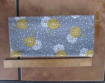 Fabric 1 Yard Simply Style White Yellow Flowerd Dots on Gray Moda Quilting Sewing Crafts