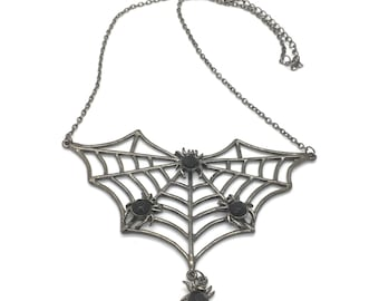 Spiderweb bib necklace, halloween jewelry, gothic spoder necklace, spiderweb jewelry, black choker necklace, gift for her, TheOSB