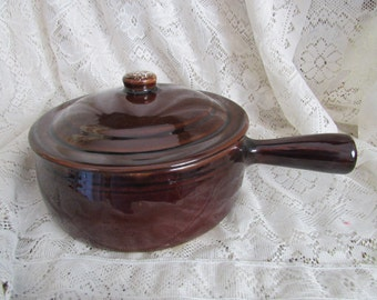 Vintage Pfaltzgraff Brown Stoneware Stick Handled Casserole Dish with Lid