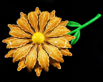 Vintage 60's Large Flower Pin