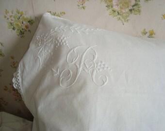 Vintage le linge de lit oreiller ou coussin couverture fine broderie de France