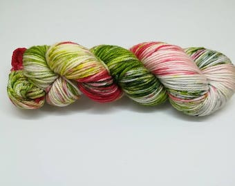 "Merino wool in DK, in ""Christmas time"" hand dyed - 100%Superwash merino yarn, new Oveja y Punto base"