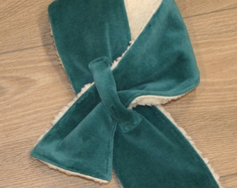 Cozy scarf made of velour and teddy, teal