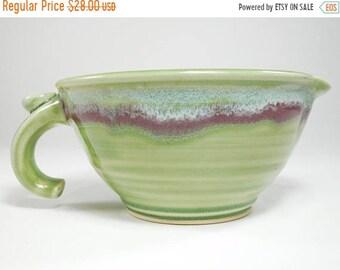 ON SALE Gravy Boat - Batter Bowl - Gravy Boat Pottery - Ceramic Mixing Bowl - Bowl Batter - Handmade Mixing Bowl - Gravy Boat Ceramic - In S