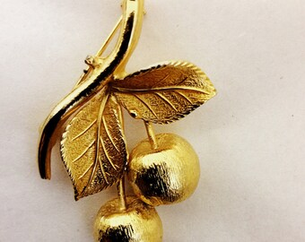 Vintage Cherries Brooch in Gold Tone Finish
