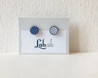 Pow! MINI - mismatch blue&white pois - Paper on Wood earrings - stud earrings - pois