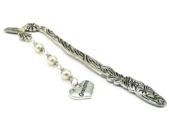 SALE Hummingbird Bookmark, Grandma Bookmark, Beaded Bookmark, Metal Bookmark, Book Mark