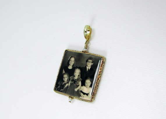 Such a Sweet Photo Pendant in a 14K Gold-filled Floral Frame - Large - FP1FGf