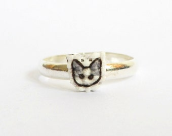 Grey cat cross stitch ring, gifts under 15, gifts for cat lovers