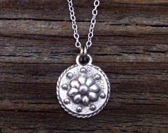Renaissance Daisy Pewter Necklace