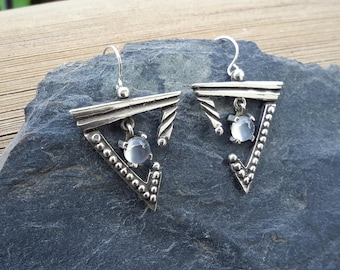 No.96 Triangle Shaped Earrings with Moonstones