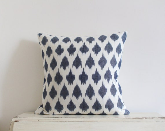 """Grey and cream ikat pillow / cushion cover 20"""" x 20"""""""