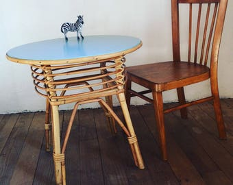 Vintage 50s rattan pedestal table, home french decor