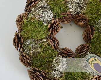 Silvester Rose and Moss Wreath - Ideal for christmas and household decoration