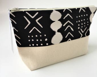 Mud cloth Zip Pouch - makeup pouch - zipper pouch - electronic pouch - bridesmaid gift - gift for her - wet bag - mud cloth zip pouch