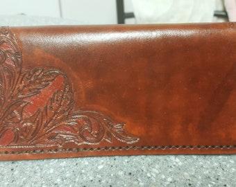 Men's proper wallet