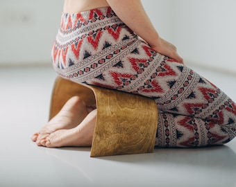 Hand Crafted Meditation Bench - ZenWork. Light Wood
