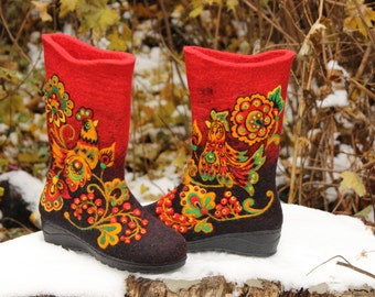 Felted wool winter shoes Snow felt boots Needle felting Woolen warm footwear Russian boho valenki Khokhloma Traditional painted shoes